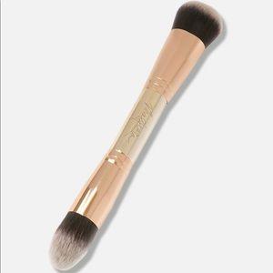 Maskcara 30 Second HAC Brush (Seint Beauty)